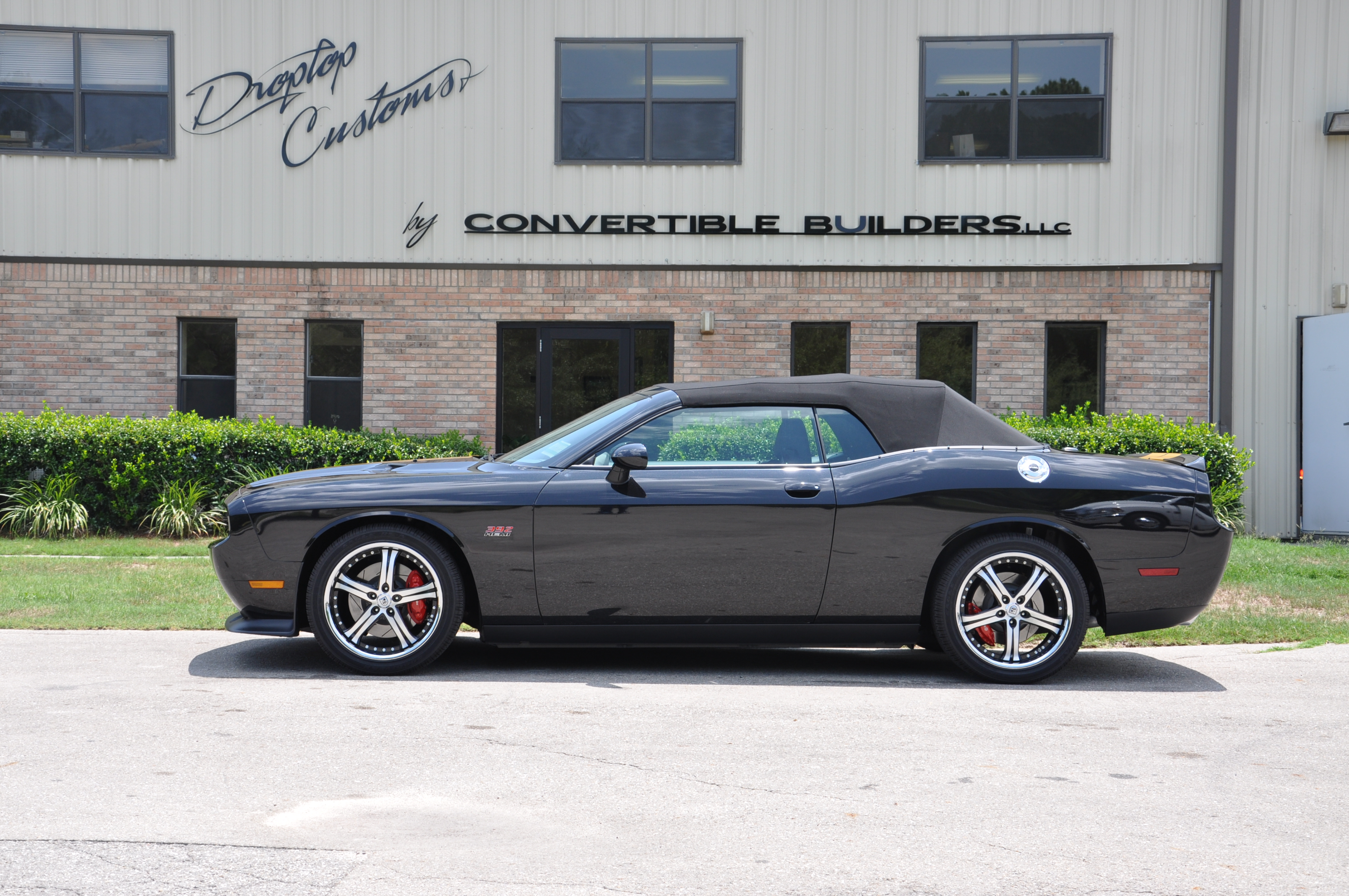 Black and Gold Challenger 7